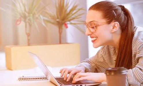 适合女人在家兼职赚钱的平台,这款APP挣钱快!