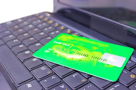 空卡代还软件app:每代还1万元只需要70元左右手续费